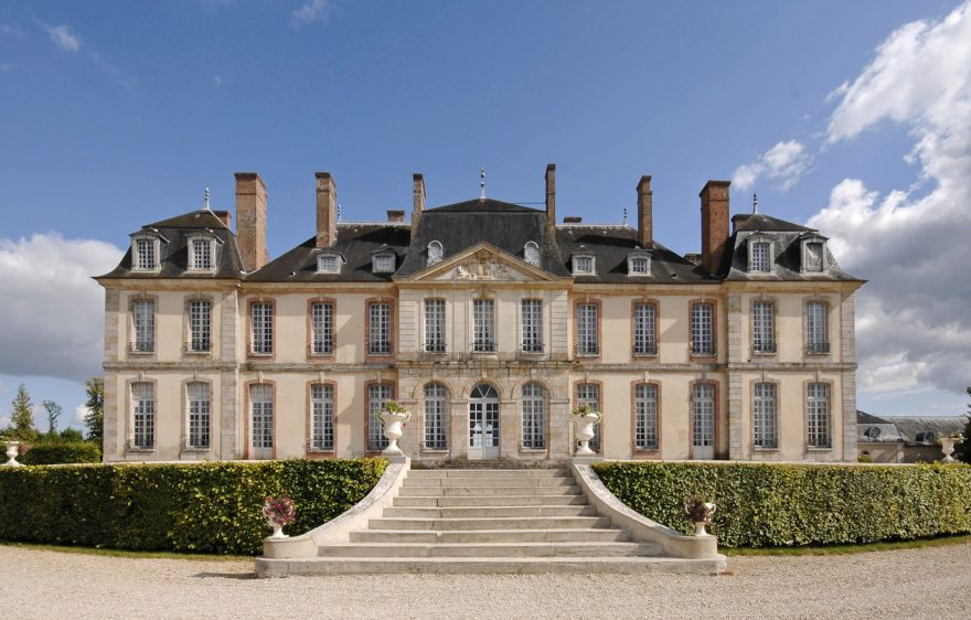Château de La Motte-Tilly, close to Provins