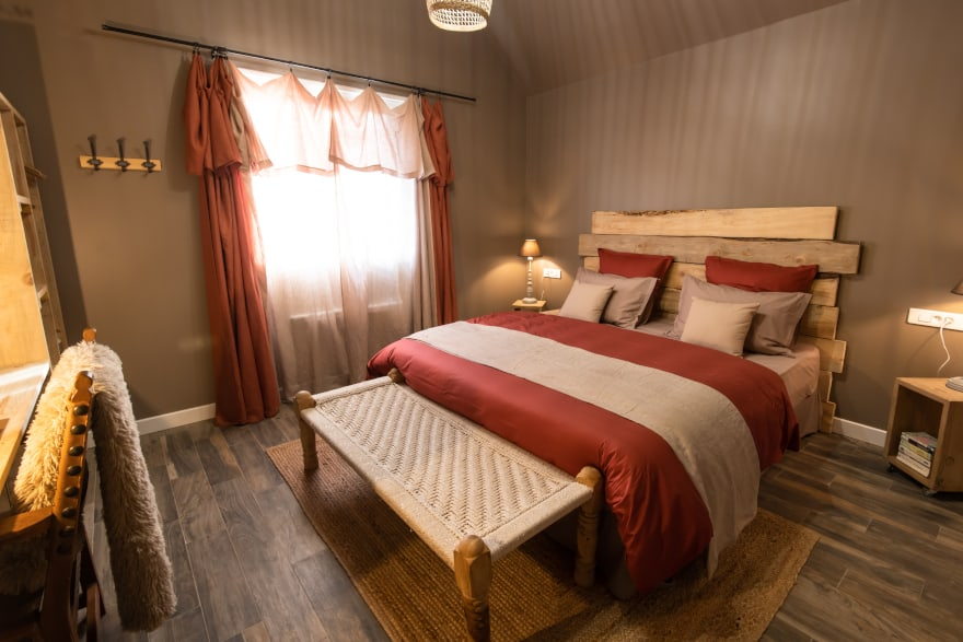 https://www.provins.net/wp-content/uploads/2020/07/jj-accommodation-chambre-hotes-saint-loup-de-naud-provins.jpg
