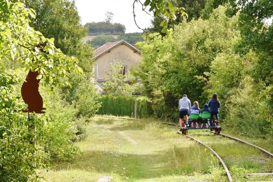Ferra Botanica, le vélorail de la Ferté-Gaucher, proche de Provins