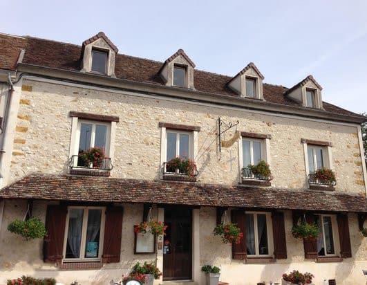 Restaurant La Croix Blanche, à Donnemarie-Dontilly, proche de Provins