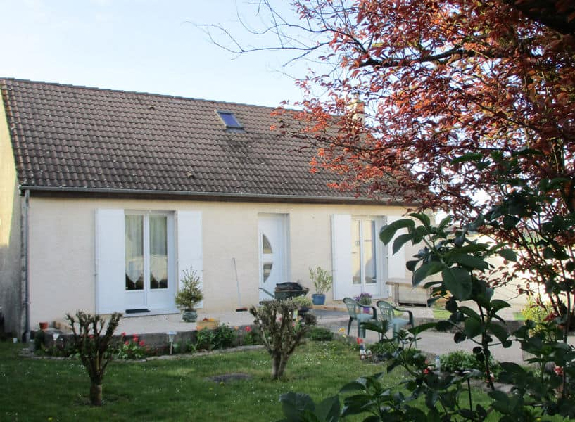 https://www.provins.net/wp-content/uploads/2021/01/bienvenue-chez-nath-chambres-hotes-herme-provins.jpg