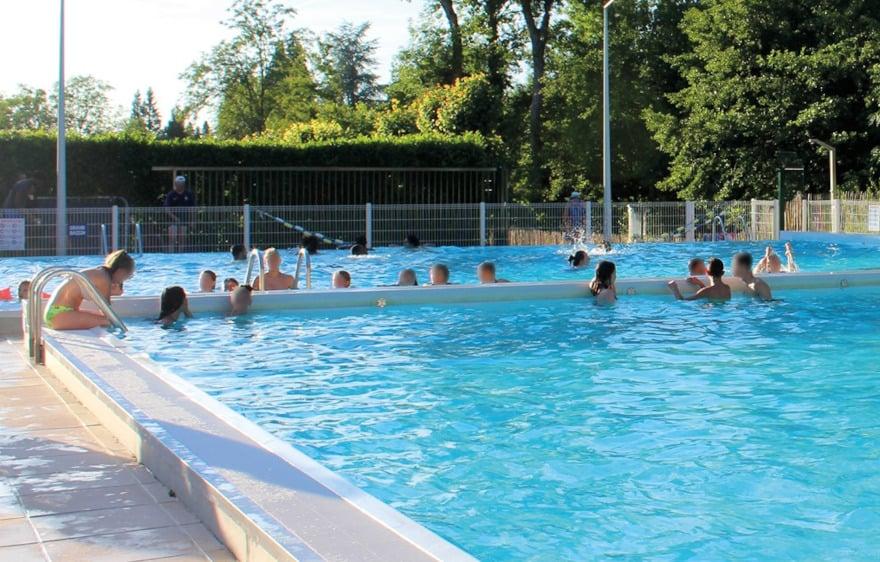 Intercommunal swimming pool Ariel Mignard of Bellot, close to Provins