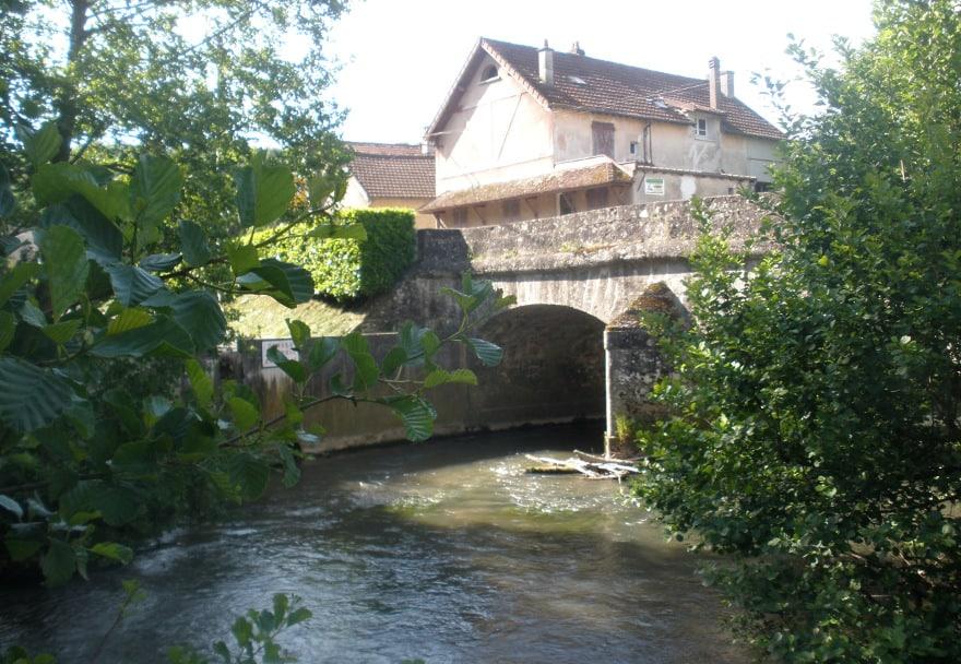 Villeneuve-sur-Bellot, Village de Caractère dans les Vallées des 2 Morin, proche de Provins